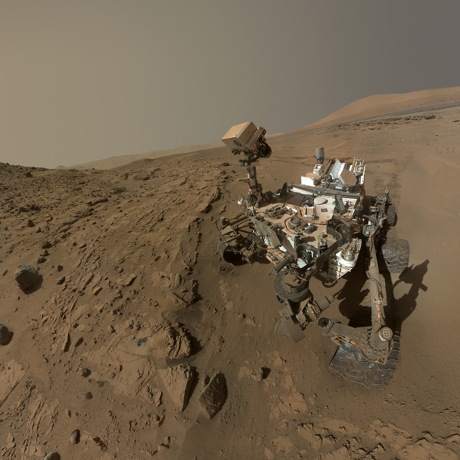 mars-curiosity-rover-selfie